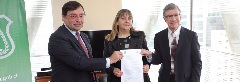 AMSZO Firma Convenio Con Gendarmería De Chile Enfocado En La Prevención, Entrega De Información Y Reinserción Social Y Laboral