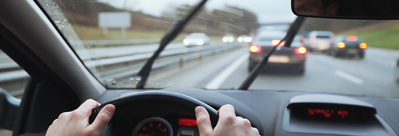 10 Recomendaciones AMSZO Para Conducir Con Lluvia